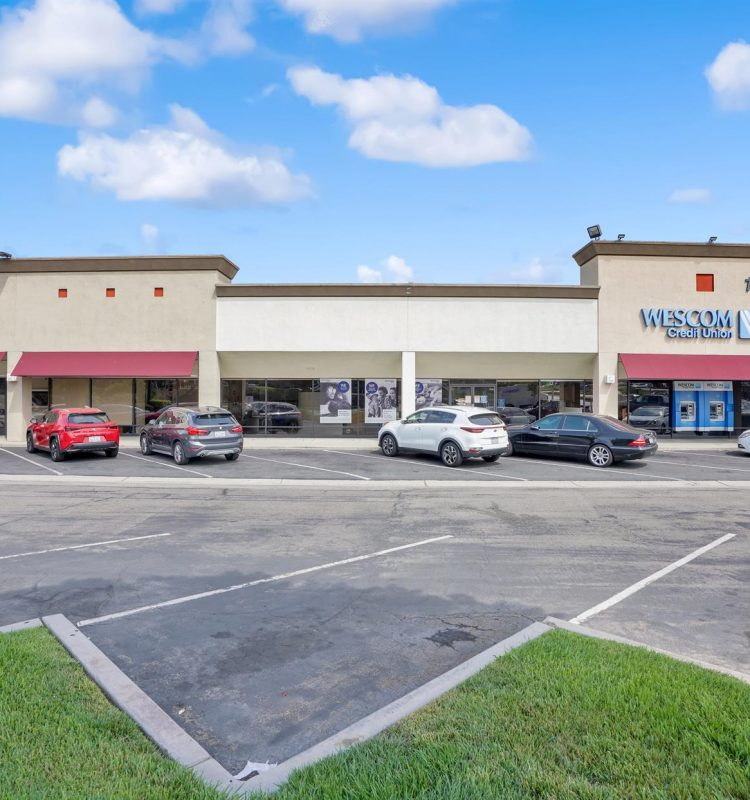 1401 S. Beach Blvd - Store Fronts